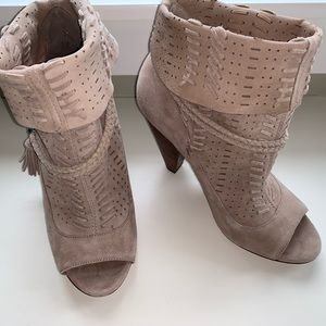 Dolce Vita Maddox tassel peep-toe booties
